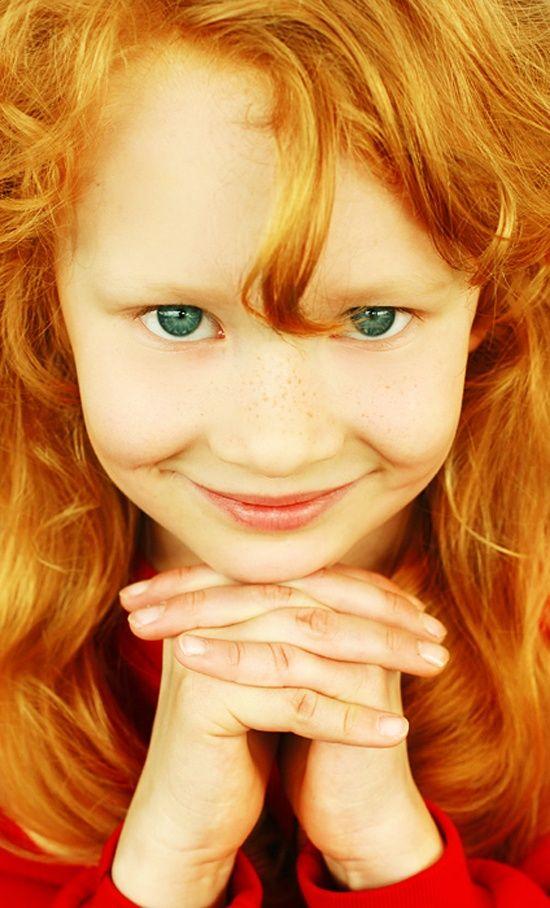 girl Brown anime eyes and hair brown