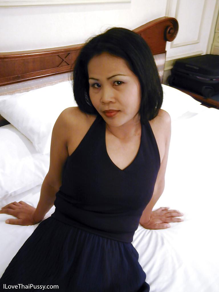 New porn 2019 Asian shower deepthroat long hair