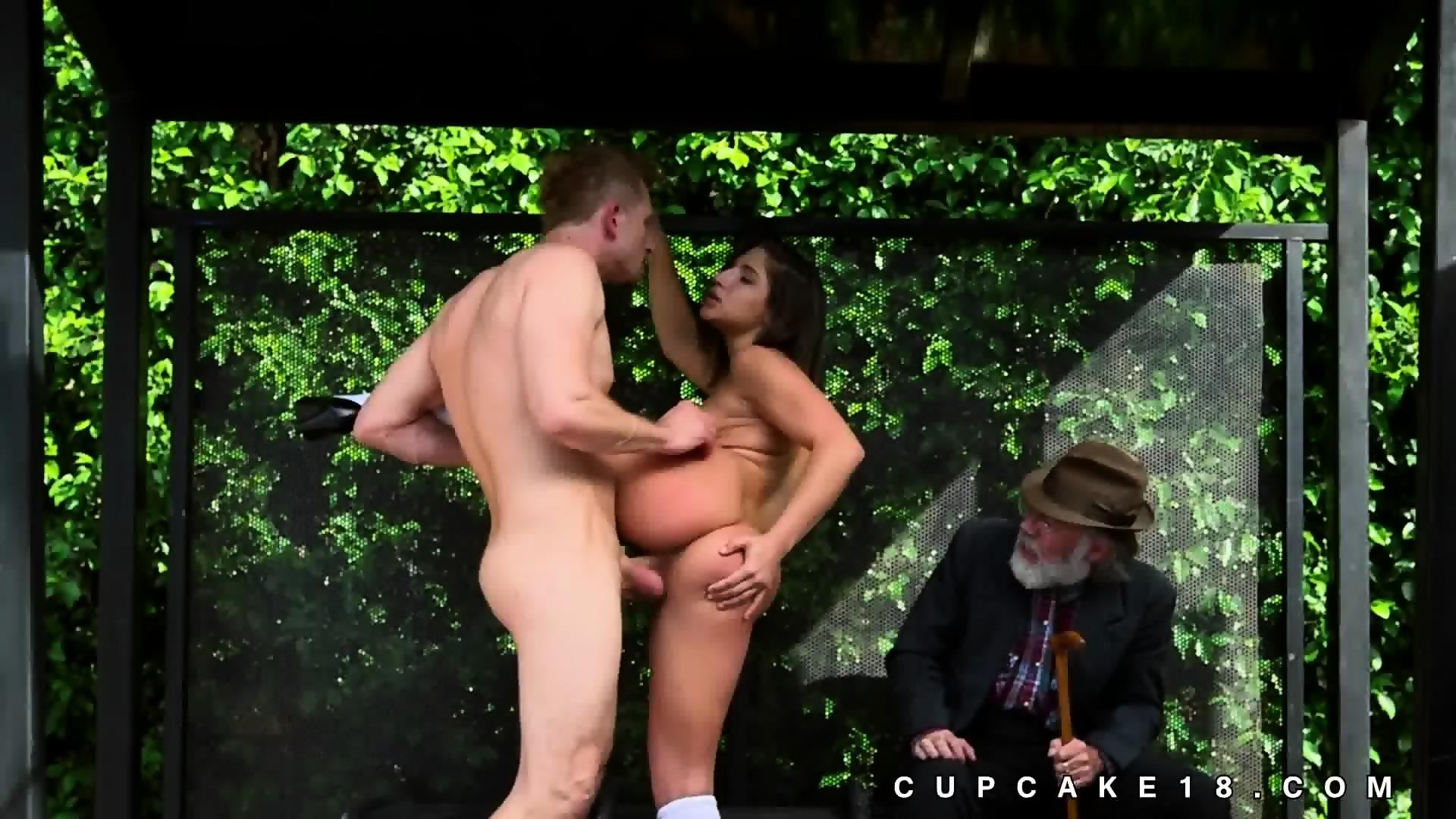 porn Public pussy