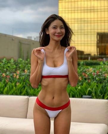 Asian maid sex toys deepthroat
