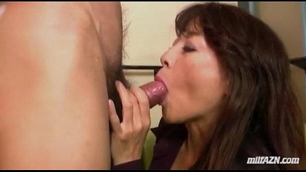 jobs girls blow Naked chinese