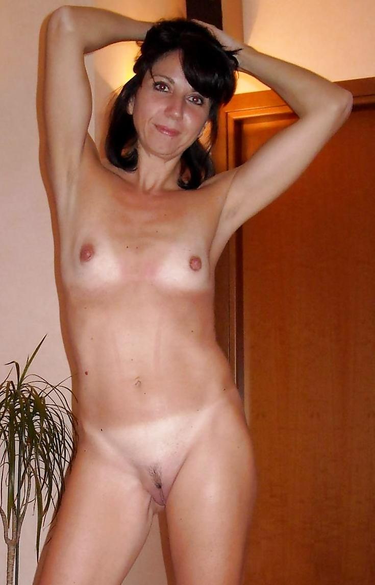 pic Tiny tits
