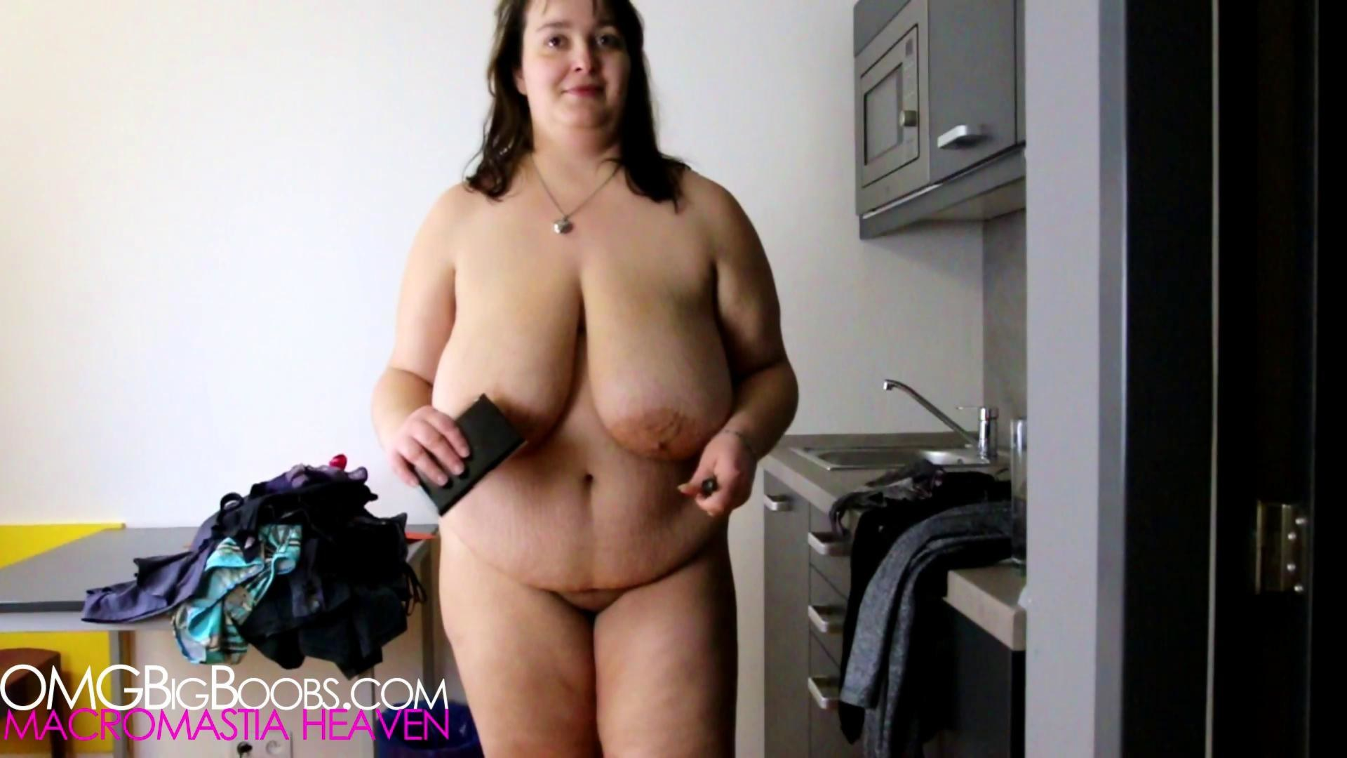 nude Chubby and