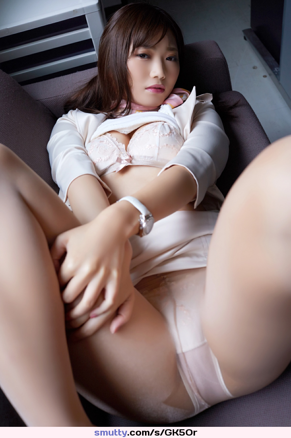 Chinese women with shaved pussies