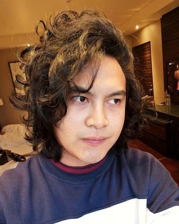 asian screaming hair Long curly