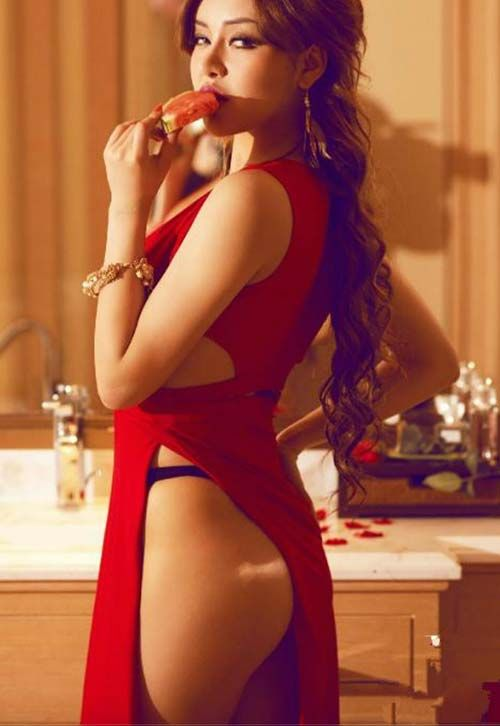 Augustine recommend Chinese nude massage therapy
