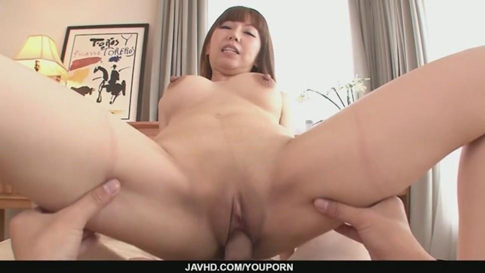 Asian short hair otngagged watching