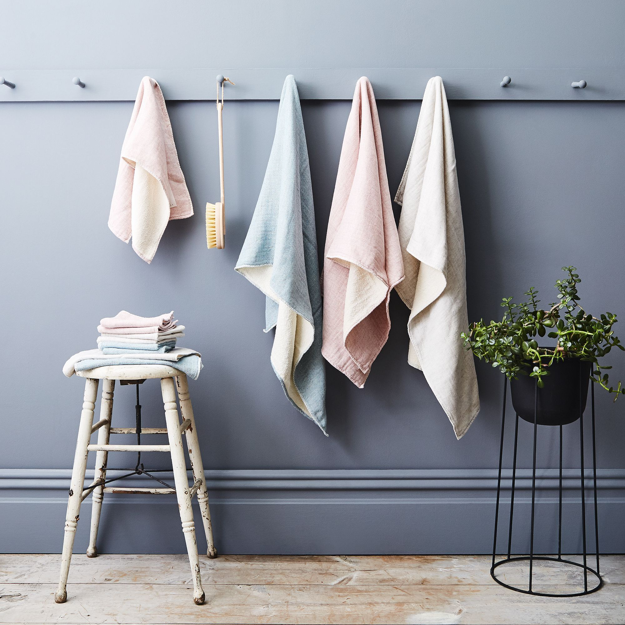 Asian design bath towels sets