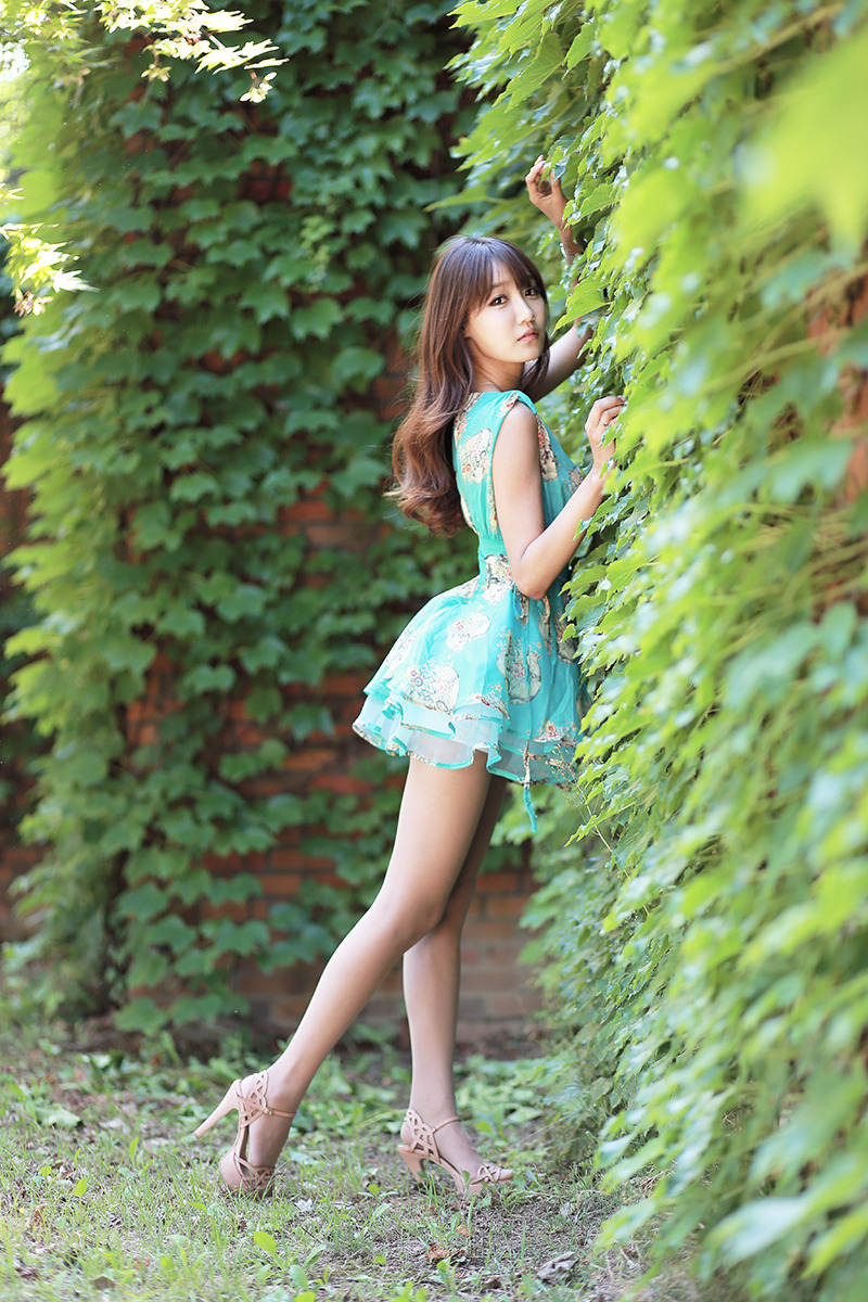 Asian outdoor young casting