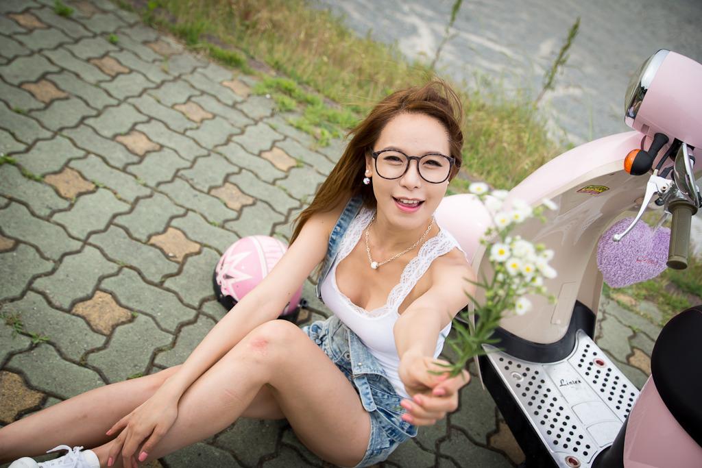 Asian woman outdoor bubble