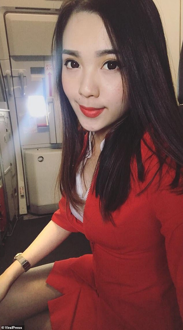 goes snap Chinese hostess viral airline blowjob