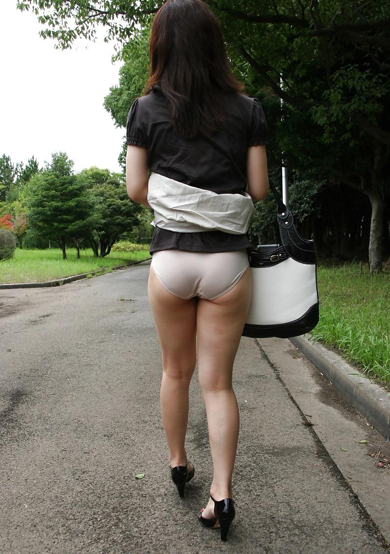 upskirt Chinese girl