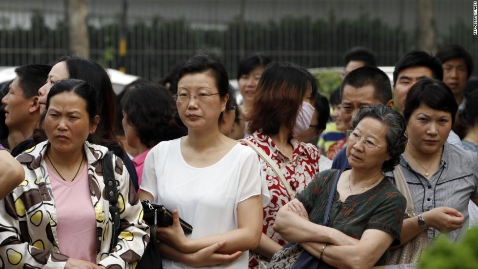handjobs Chinese give random