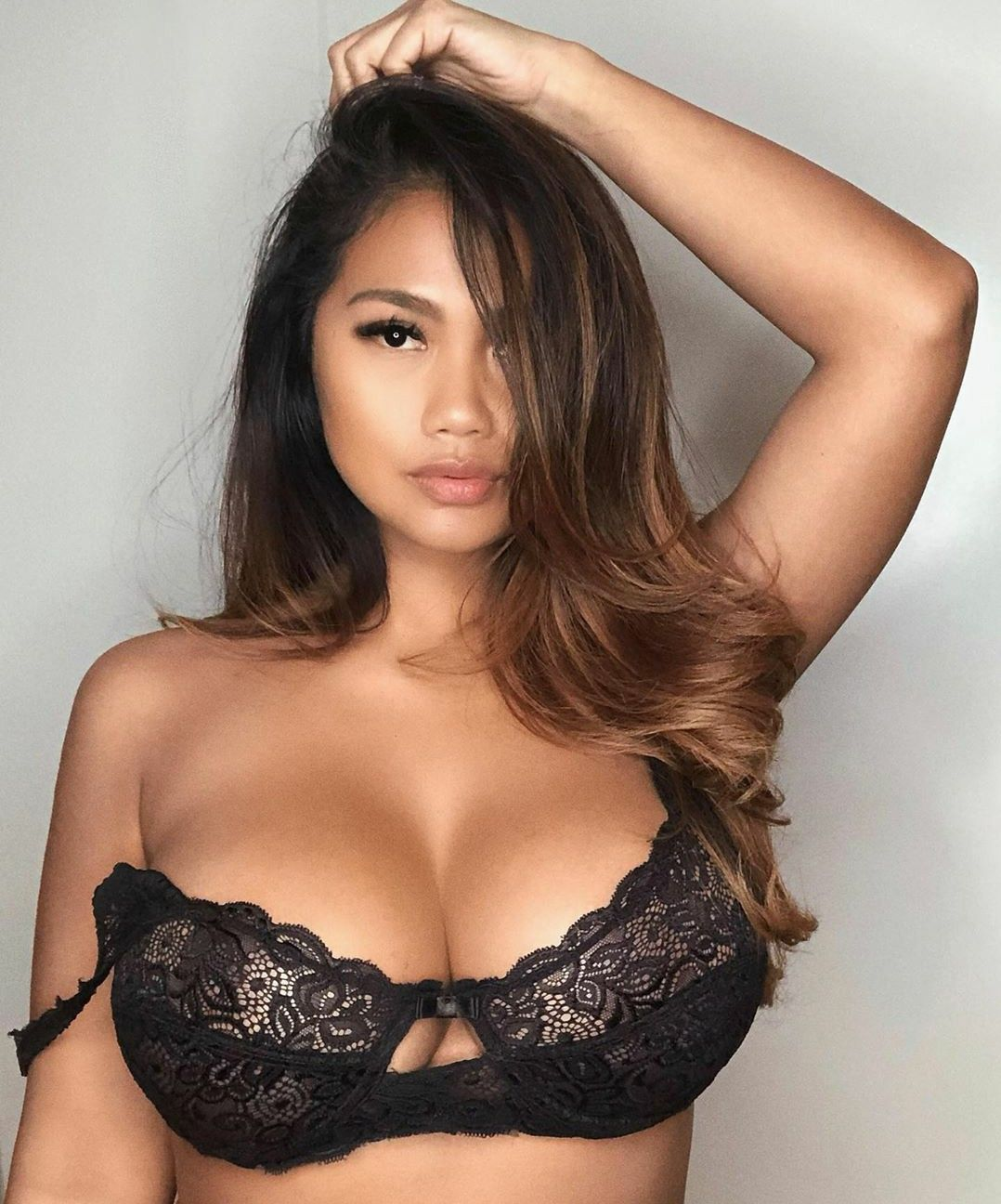 Hot pictures Big brest hentai