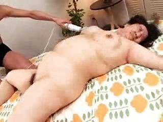 Young girl hentai masturbating